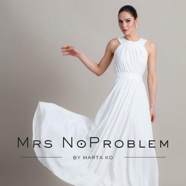 Now on Etsy (link in profile) 👰 #weddingdress #weddinggown #wedding #simpleweddingdress #mrsnoproblem #fashion #polishdesign #polishfashion #bridal