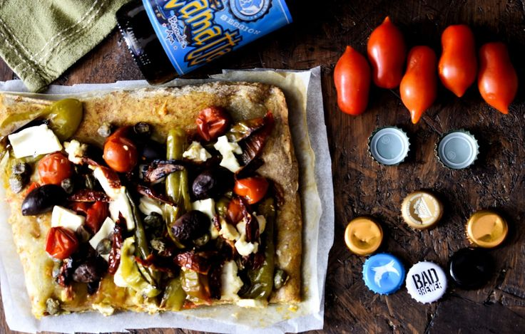 Forchettina Irriverente: Pizza greca …. piccantina con feta e friggitelli