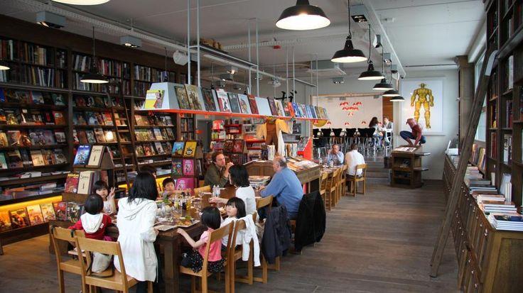 Cook & Book, Bruxelles Libreria e ristorante di design, Cook & Book è divisa in due edifici per un totale di circa 500 metri quadrati dedicati alla cultura e la cucina. Ha nove spazi tematici, in cui leggere e mangiare. La stanza dedicata ai fumetti, la BD; la Jeunesse, tutta dedicata ai libri per l'infanzia con uno dei modelli più grandi al mondo di trenino Märklin. La terza stanza è piena di libri sui viaggi, la Voyages. La Beaux-Arts è dedicata ai libri sull'arte. Musica e ai vini nella…