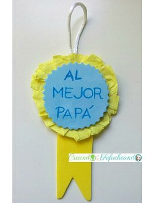 Medalla hecha en goma eva y papel crespón o papel crepé,para el dia del padre