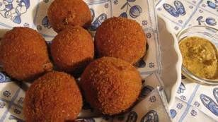 Hollandse Bitterballen recept | Smulweb.nl