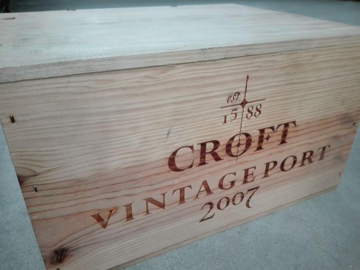 2007 Vintage Port - Croft - 12x 375ml bottles OWC  12 demi (0375L) flesjes Croft 2007 vintage port in OWC. Recent uit geconditioneerde opslag gehaald. Wine Spectator 92/100! Ophalen in Enschede is mogelijk.  EUR 15.00  Meer informatie