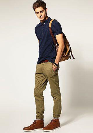ネイビーポロシャツ×カーキパンツの着こなし(メンズ) | Italy Web