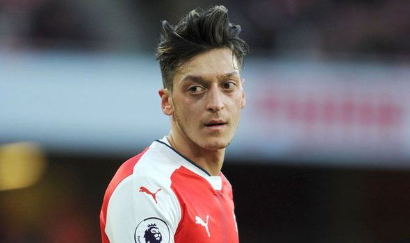 Mesut Ozil must see the doctor: Arsene Wenger delivers worrying news on Arsenal star   via Arsenal FC - Latest news gossip and videos http://ift.tt/2hU2hty  Arsenal FC - Latest news gossip and videos IFTTT