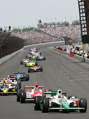 Indianapolis Motor Speedway, 2003, ahi estuve festejando el triunfo en the brick yard.