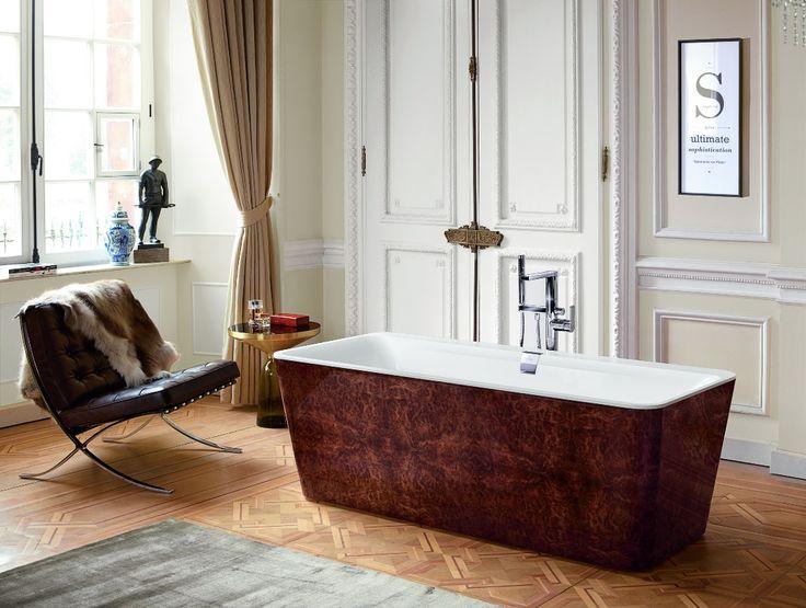 Villeroy&Boch vrijstaand bad Squaro Prestige, voor de unieke look in de ensuite badkamer.