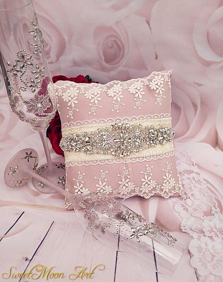 Cojín para anillos, cojín sonrosado, cojín para boda, accesorios boda, cojín nupcial, cojín encaje boda, portador anillo, cojín rhinestone de SweetMoonArt en Etsy