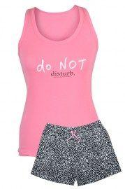 MUZZY nightwear, piżama damska, krótkie spodenki,, napis do not disturb, bokserka różowa, piżama na lato, różowa piżama z krótkimi spodenkami, więcej na www.muzzy.pl/sklep