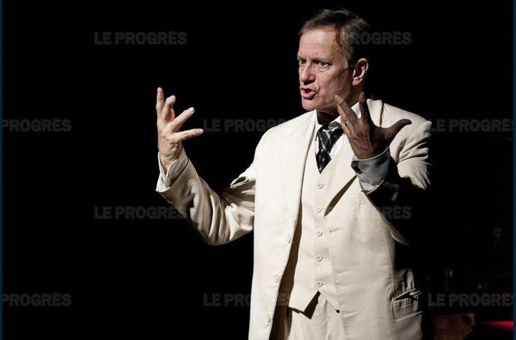 Francis Huster : « La vie d'Albert Camus est exemplaire »    Vendredi 4 août au théâtre, avec Dans la peau d'Albert Camus, le comédien rend hommage à l'auteur de La Peste en décryptant ses écrits et sa pensée. Sur scène, Francis Huster reviendra sur les éléments marquants de la vie du Prix Nobel de littérature 1957 qui a régulièrement séjourné au Mazet-Saint-Voy et au Chambon-sur-Lignon entre 1942 et 1952.