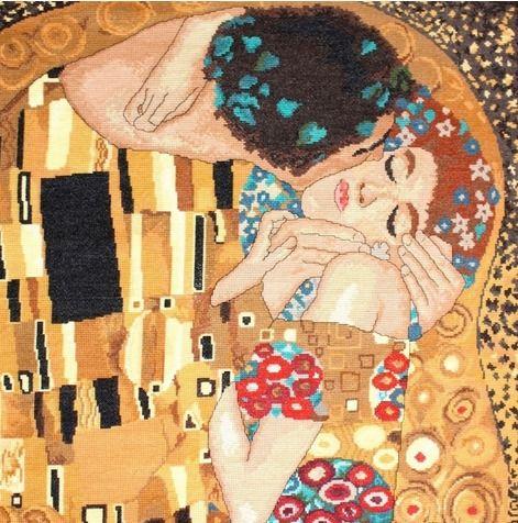 Kiss – after Klimt cross stitch by Dolores.