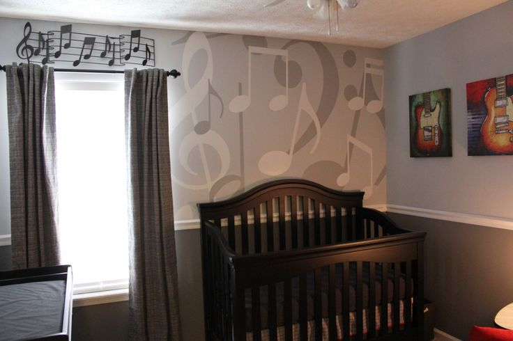Music nursery. I like. Maybe I'll do this to the walls when the nursery is converted to the big boy room. So cute!
