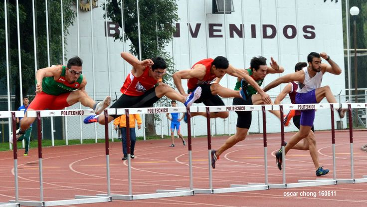 160611. CDMX. IPN. Encuentro Atlético Internacional Wilfrido Massieu 2016. Ese primer obstáculo donde prácticamente puede definirse toda la carrera de los 110 metros...  #ideorreas #ideas #espacio #tiempo #atletismo #megustacorrer #ipn #genarorodriguez #hurdles #peru #atletismoperuano