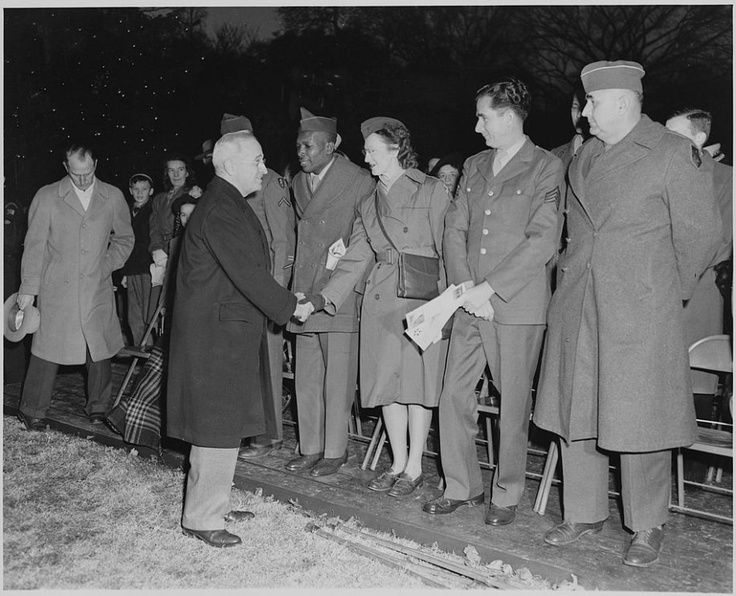 President Truman greets the audience at the tree lighting ceremony, 1947
