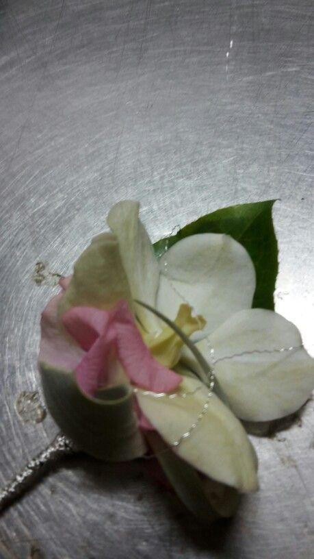 #Bruidegomcorsage met #Vanda orchidee
