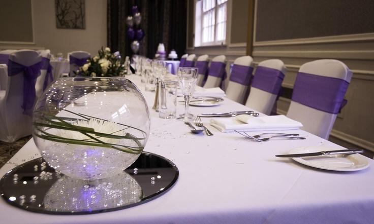 Top Table  http://spreadeaglethame.co.uk/weddings.htm