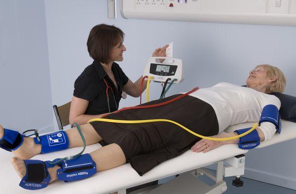 Conheça o I.T.B, uma técnica de tratamento de lesão e identificação de úlcera Venosa.  Tratamento de feridas e lesões.
