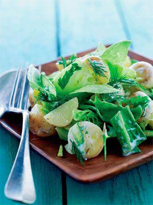 Server denne ret som en selvstændig frokostsalat med godt brød eller som tilbehør til grillet fisk, kød. fjerkræ eller en god frikadelle.