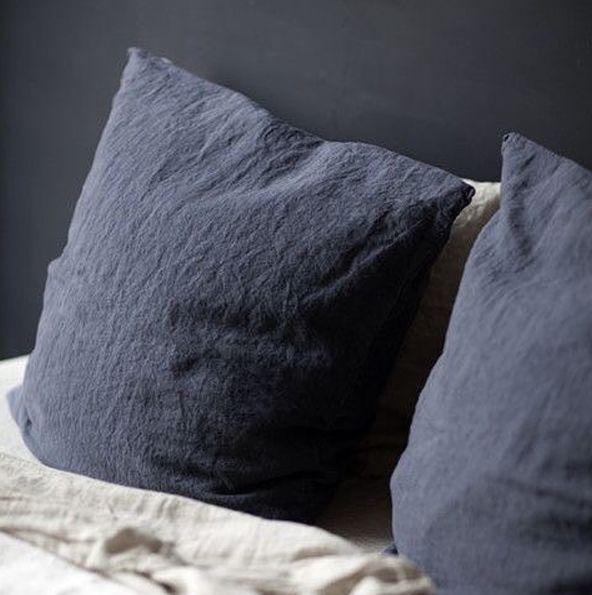 Collection linge de lit en lin lavé de Secret Maison. Maison de référence depuis 2004. www.secret-maison.com