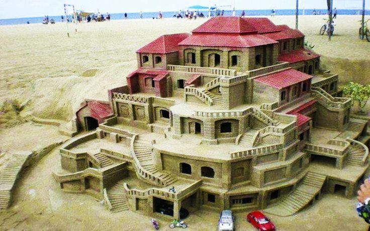 Особняк из песка.  #строительство #оформление #пляж #песок #ОООБазисПрофнастил