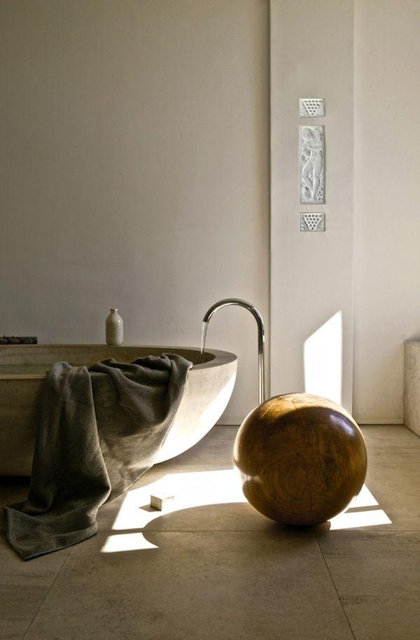 Spectacular minimalist bath design in a Soho residence.