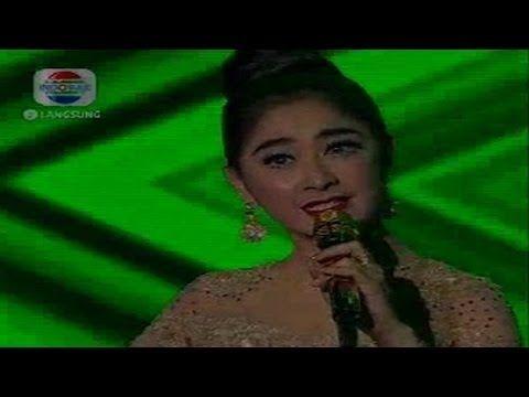 """Dangdut Academy Konser Final 6 Besar - Uut Permatasri """" Sinden Jaipong """""""