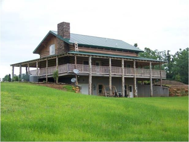Google Image Result for http://www.kentuckyhiddenlakelodge.com/yahoo_site_admin/assets/images/2009_cabin_exterior_rear_view.146113008.jpg: Cabin Examples, Window, Cabin Fever