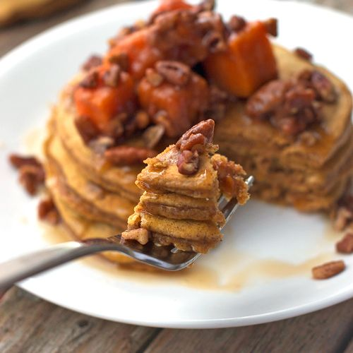 "Butternut Squash Pecan Pancakes - I'm so making these for a ""breakfast for dinner"" night (with reduced sugar of course lol)"