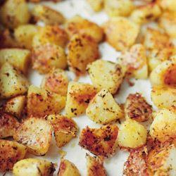 Ziemniaki z pieca -  posypywałam Coregio (taniej :) )