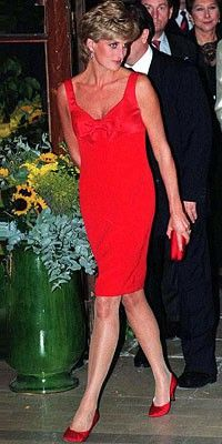 Princess Diana in this stunning red dress and shoes