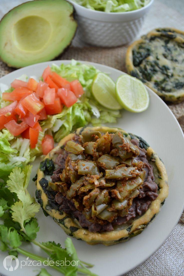 Sopes con espinca y nopales con chorizo www.pizcadesabor.com