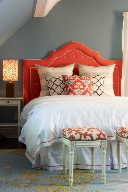Blue and coral bedroom!Colors Combos, Color Schemes, Color Combos, Guest Bedrooms, Headboards, Master Bedrooms, Colors Schemes, Guest Rooms, Gray Wall