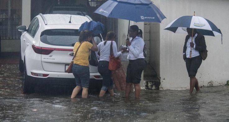 Las lluvias dificultaron el funcionamiento del transporte público