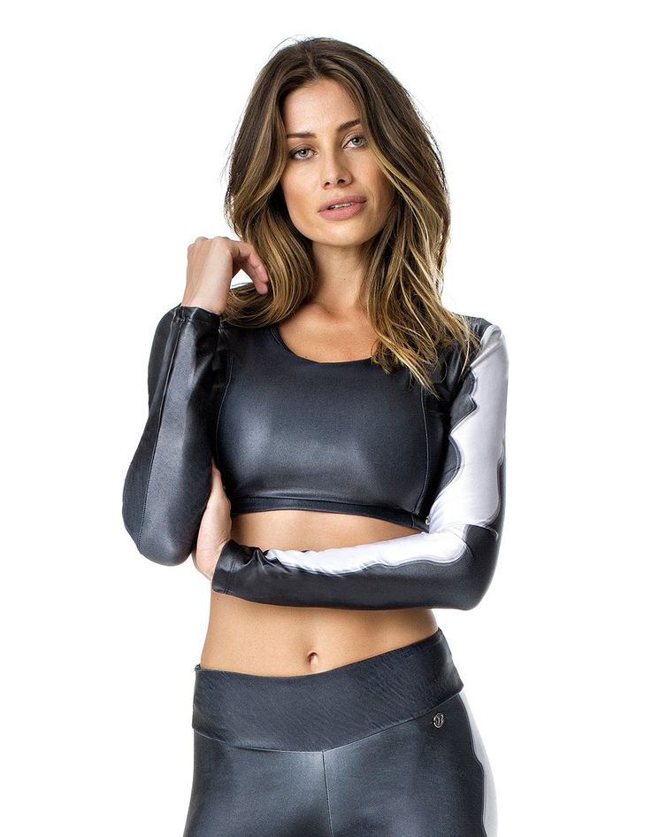 Wearing a good #gym #wear can improve the kinds of gym movements that you can do at your gym session. If you are a #woman that is #fitness conscious then there is something that you can try out and that is a good gym #top. You can try the #Grey #Long #Sleeve #Abs #Top from Ipanemagirl for the most comfortable gym movement.