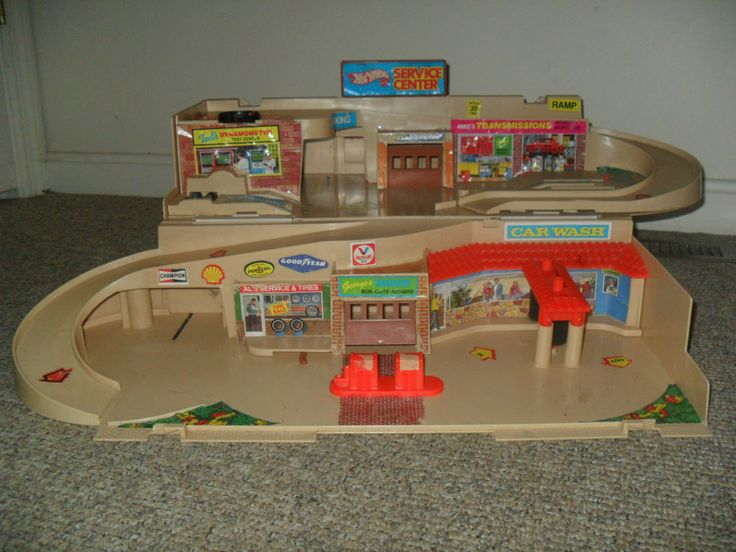 Hot Wheels City Car Service Gas Station Car