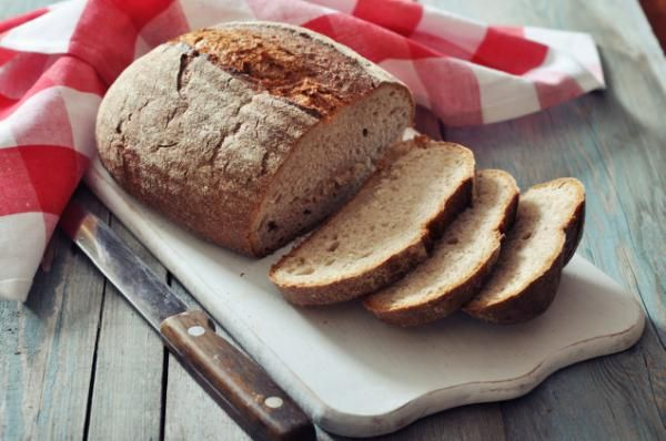 Never throw out stale bread again with these tips!