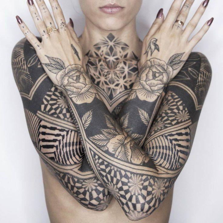 Tattoo Artists Women In 2020 Tattoo Artists French Tattoo Tattoo Artist Quotes