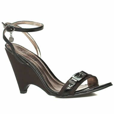 Morgan Toronto Mono Very fashionable wedged sandals from Morgan De Toi. Fabric front strap which has a decorative branded buckle with the ankle strap having a man made upper with an adjustable buckle fastener and hanging http://www.comparestoreprices.co.uk/womens-shoes/morgan-toronto-mono.asp