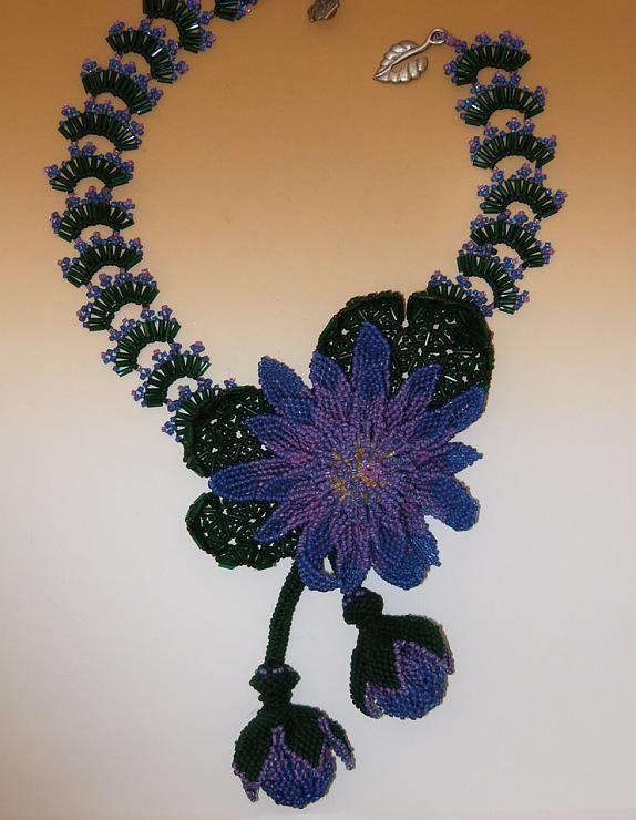 Бисерные украшения, созданные руками мужчины