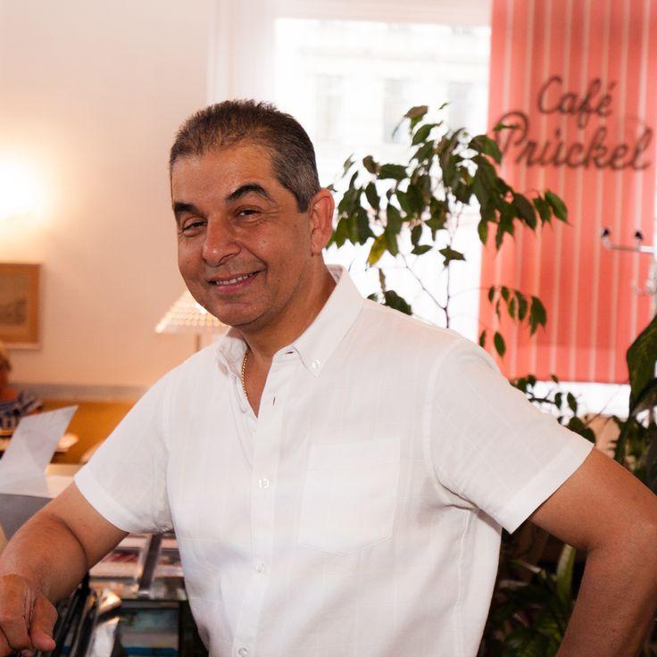 Die Wiener Barpianisten – – stets an den Tasten – für Musik, die in der Seele landet.  #CafePrückel #Cafe #Wien #liveMusic https://open.spotify.com/artist/4WykrWGdr09CaJ1foXLsum