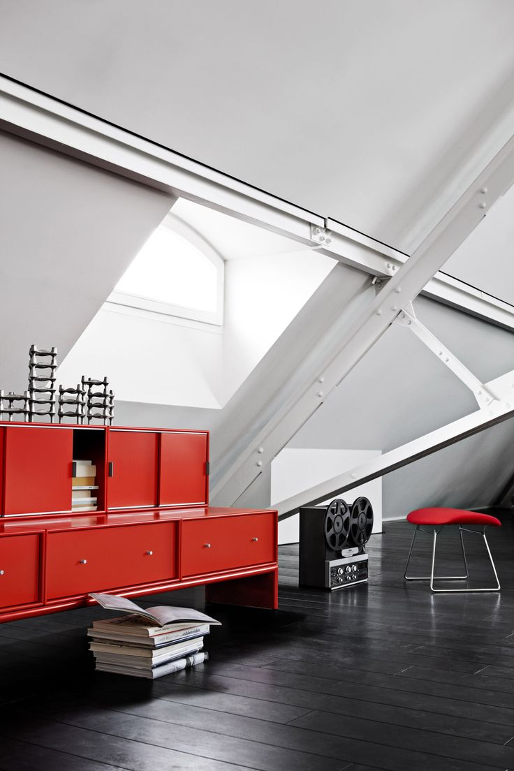Red cabinets in cool New Yorker loft. #montana #furniture #danish #design #interior #inspiration #storage #indretning #inredning #red #rød #rouge