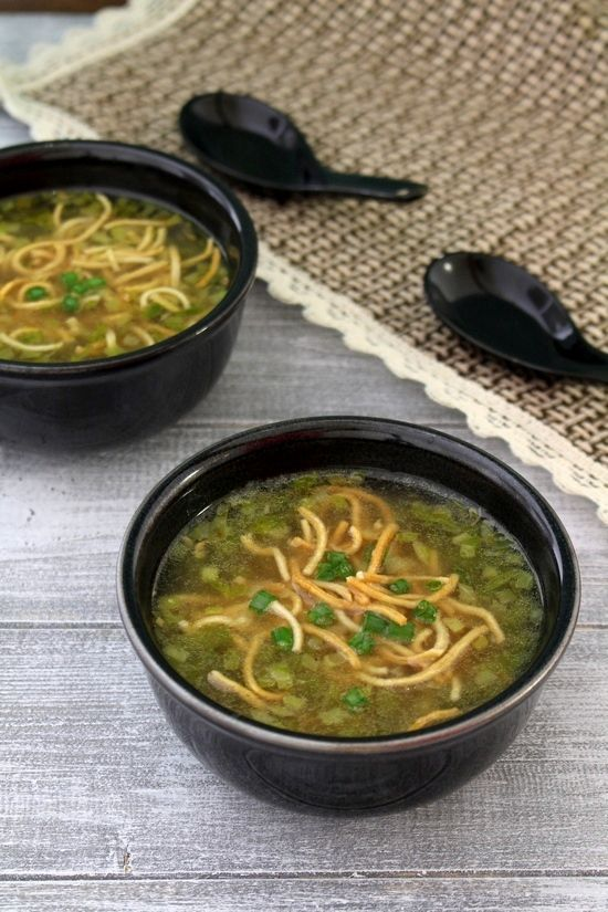 Veg manchow soup recipe - This is one of the most popular soup recipes from Indo-chinese cuisine. Hot, spicy, sour soup topped with fried noodles. The perfection.