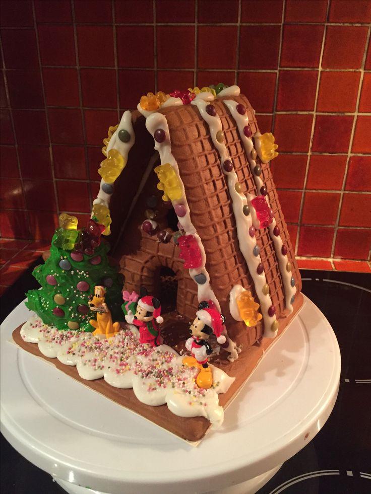 My Disney GingerBread House (Christmas 2015)