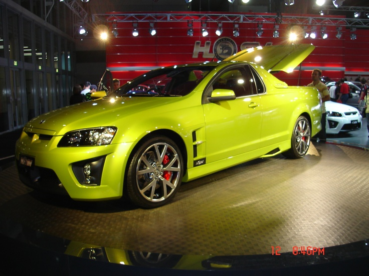 Holden VE Maloo R8
