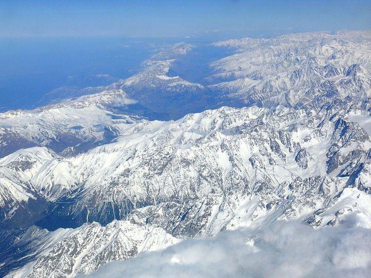 Caucasus Mountains - Wikipedia, the free encyclopedia
