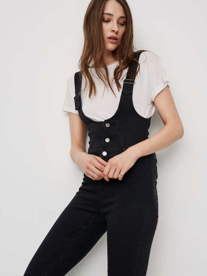 Those dungarees <3