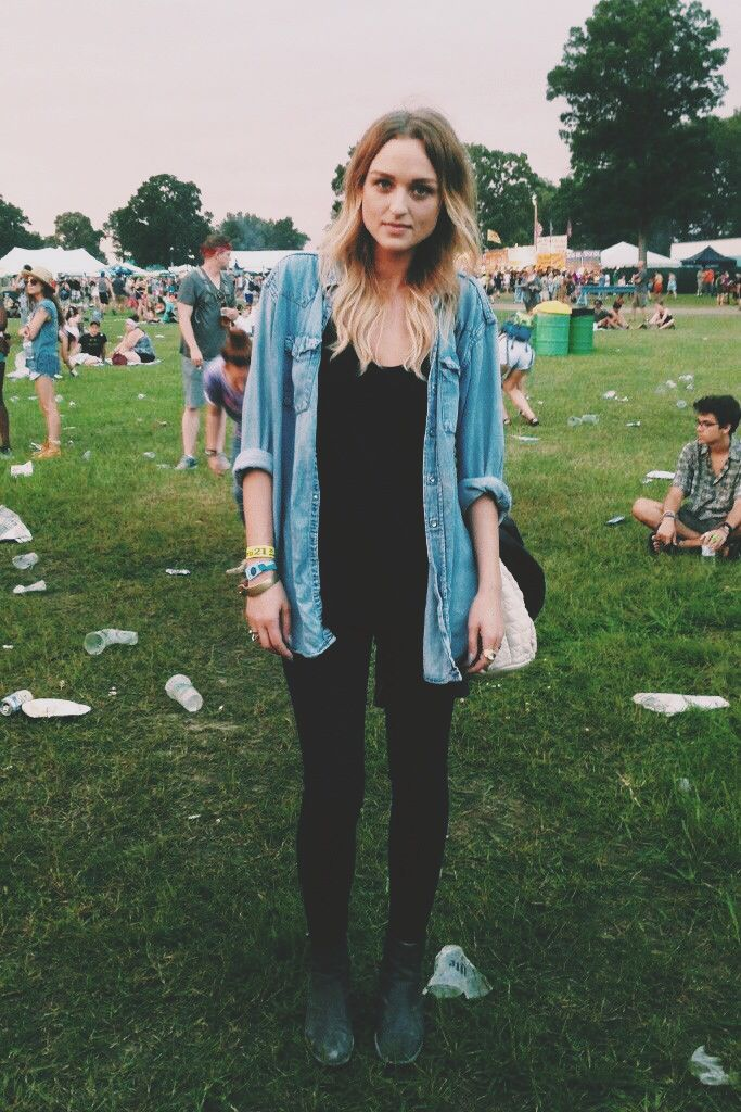 denim shirts are so much better when they're slightly oversized and nicely worn in
