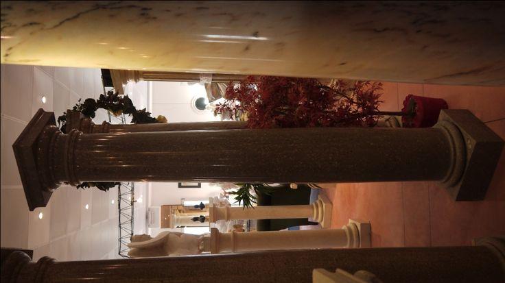 Colonne in marmo - http://test.achillegrassi.com/project/colonne-stile-dorico-in-marmo-perla-marina-lucido/ - Colonne stile dorico in Marmo Perla marina lucido Dimensioni:  250cm x 40cm x 40cm Ø 30cm