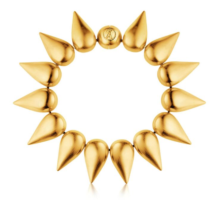 Parure Pétale Necklace by Louis Vuitton ➤ Discover more luxury lifestyle news at www.covetedition.com @covetedition #covetedmagazine @covetedmagazine #luxurylifestyle #louisvuitton #jewellery @LouisVuitton
