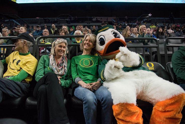 Photos: Ducks soar to victory in preseason game against CSUN (91-43) - Emerald Media
