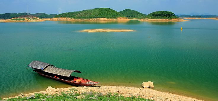 Thac Ba Lake in Yen Bai. #vietnam #yenbai #thacba #lake #travel #wandering